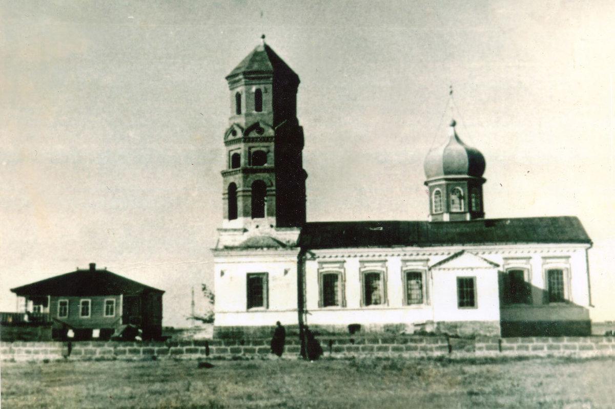 Церковь Успения Пресвятой Богородицы (Курган) (Азов)