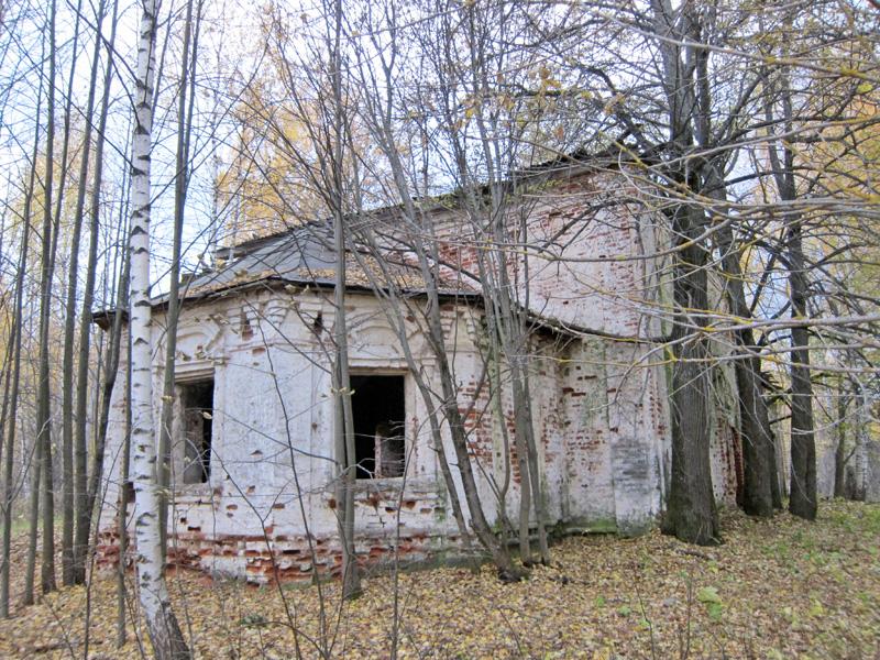 Церковь Михаила Архангела (Листьё) (Пучеж)