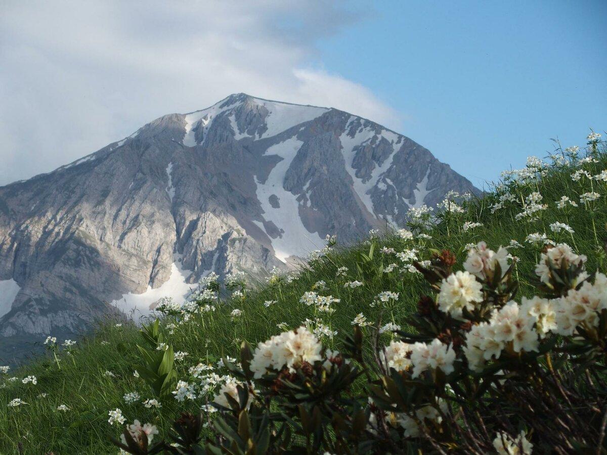 Гора Оштен (Лаго-Наки)