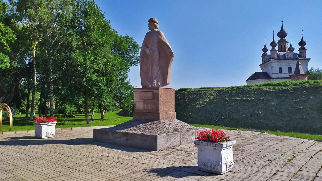 Памятник Юрию Долгорукому (Юрьев-Польский)