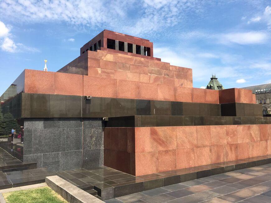 Мавзолей В. И. Ленина (Москва)