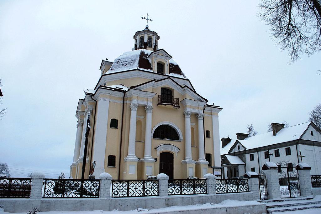 Костёл Богоматери Шкаплерной (Мядель)