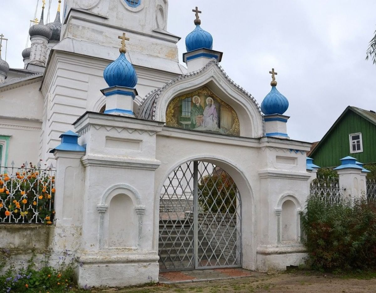 Церковь Введения во храм Пресвятой Богородицы. Петропавловская церковь (Мценск)