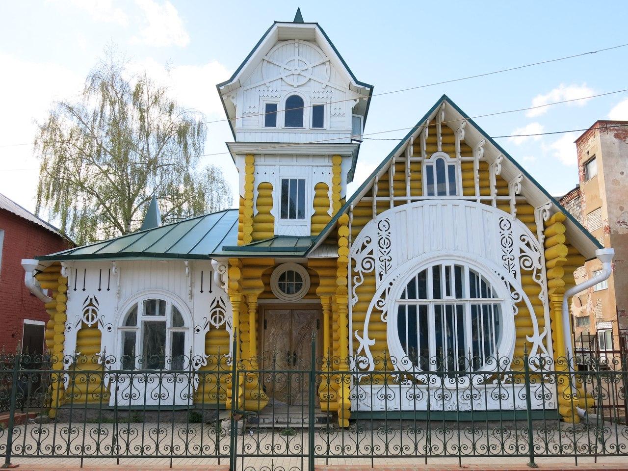 Дом купцов братьев Лужиных (Кимры)