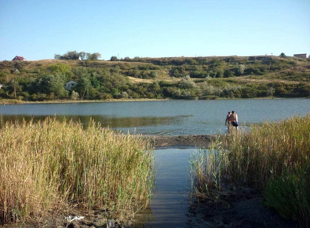 Грязевое озеро (Голубицкая)