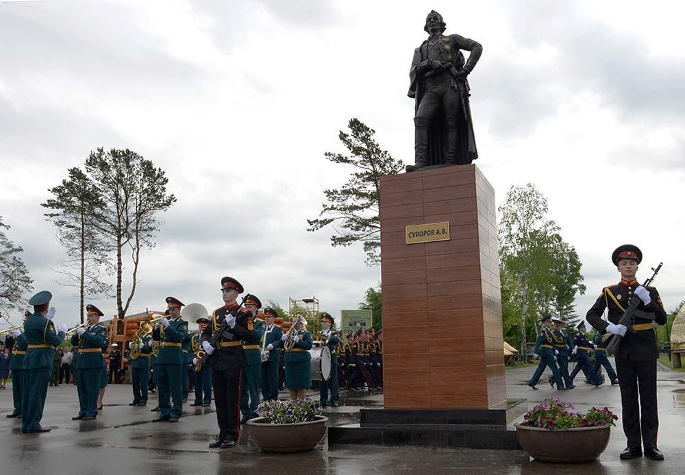 Памятник А. В. Суворову (Мытищи)