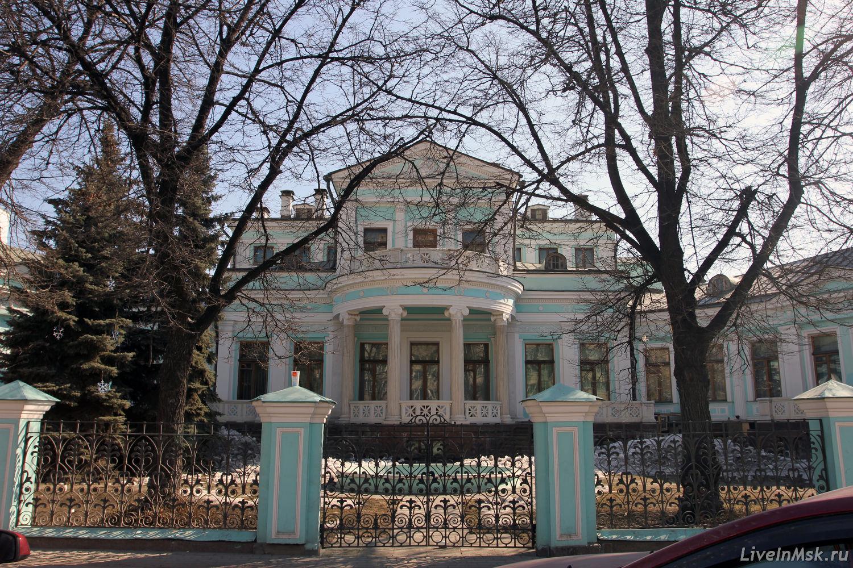 Особняк М. А. и М. К. Морозовых на Смоленском бульваре (Москва)