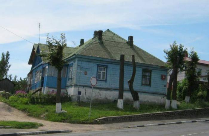 Деревянное здание бывшей фабрики льняных и хлопковых изделий (Логойск)