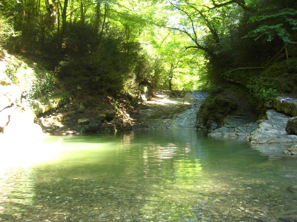 Водопад «Райское наслаждение» (Лоо)