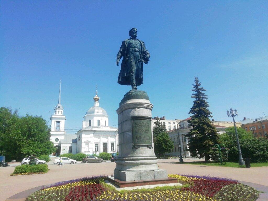 Памятник Афанасию Никитину (Тверь)