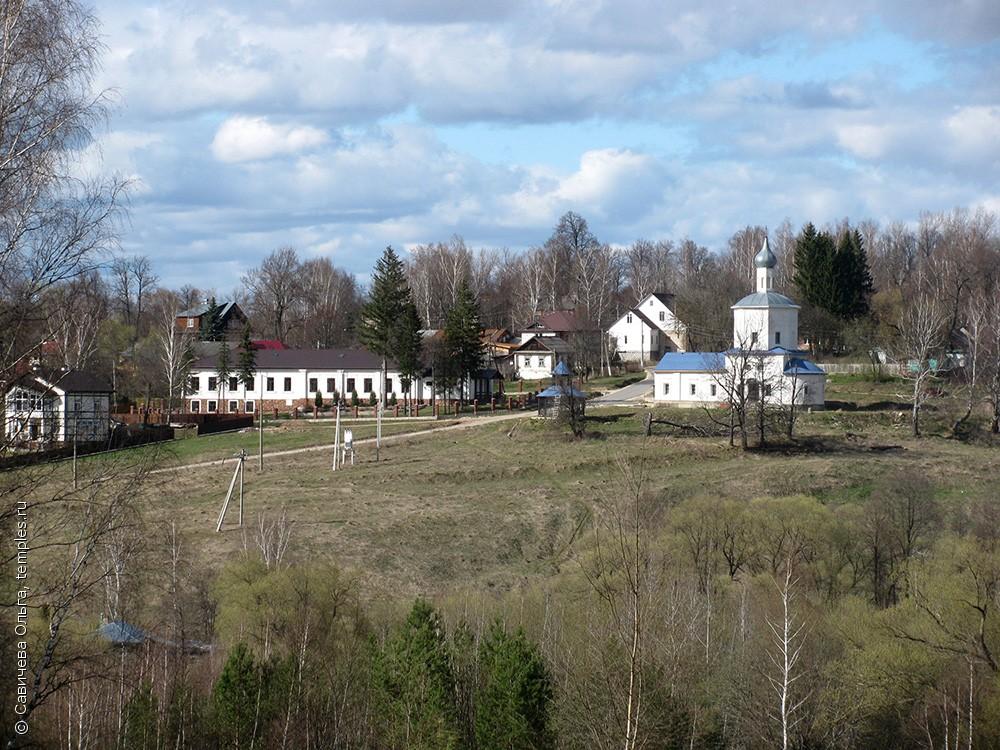 Знаменская церковь в Страхово (Заокский)