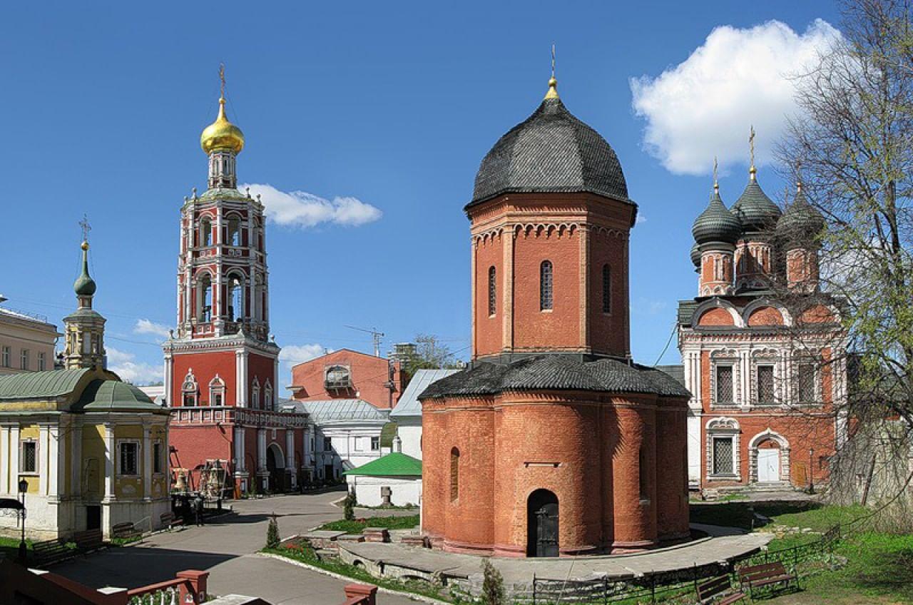 Высоко-Петровский монастырь (Москва)