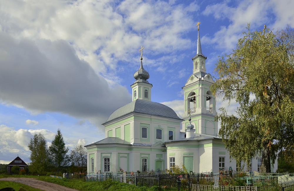 Церковь Николая Чудотворца в селе Незнаново (Нерехта)