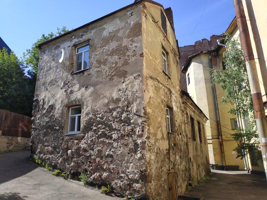 Старейший жилой дом России (Выборг)