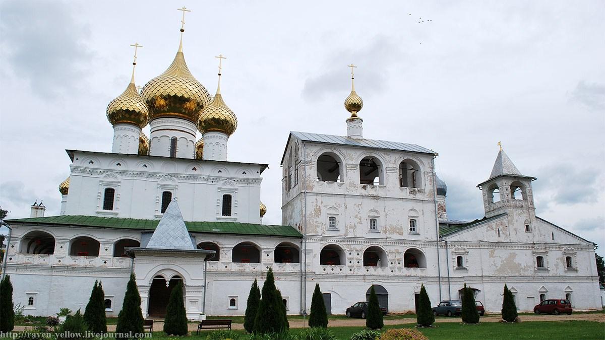 Воскресенский монастырь (Углич)