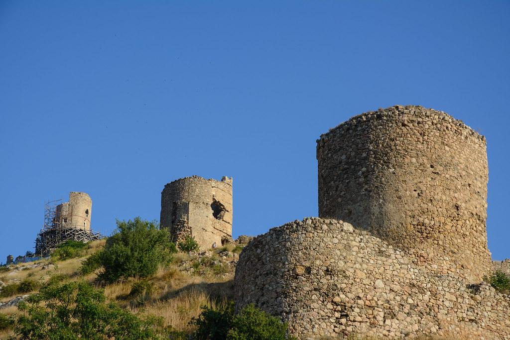 Руины генуэзской крепости Чембало (Балаклава)