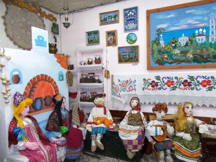 Музей-театр русской тряпичной куклы «Истоки» (Юрьевец)