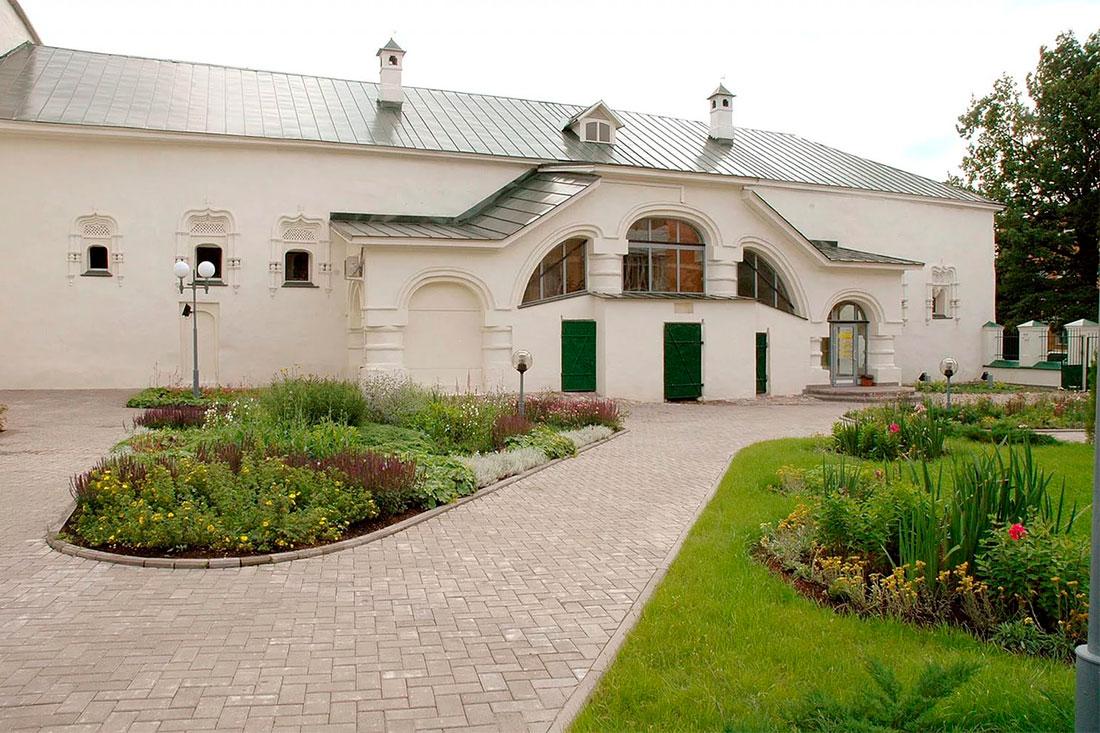 Музей «Палаты Меньшиковых» (Псков)