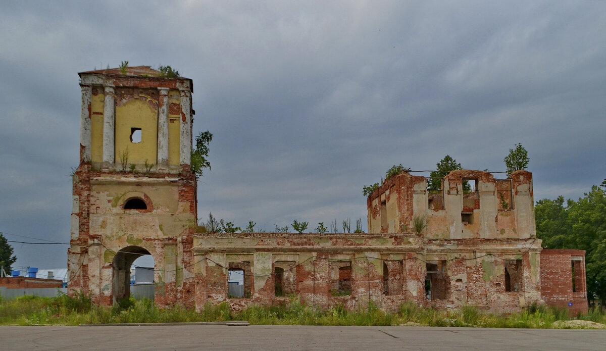 Сергиевская церковь (руины) (Одоев)