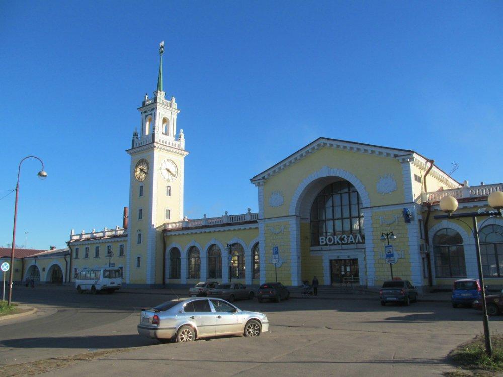 Железнодорожный вокзал «Волховстрой-I» (Волхов)