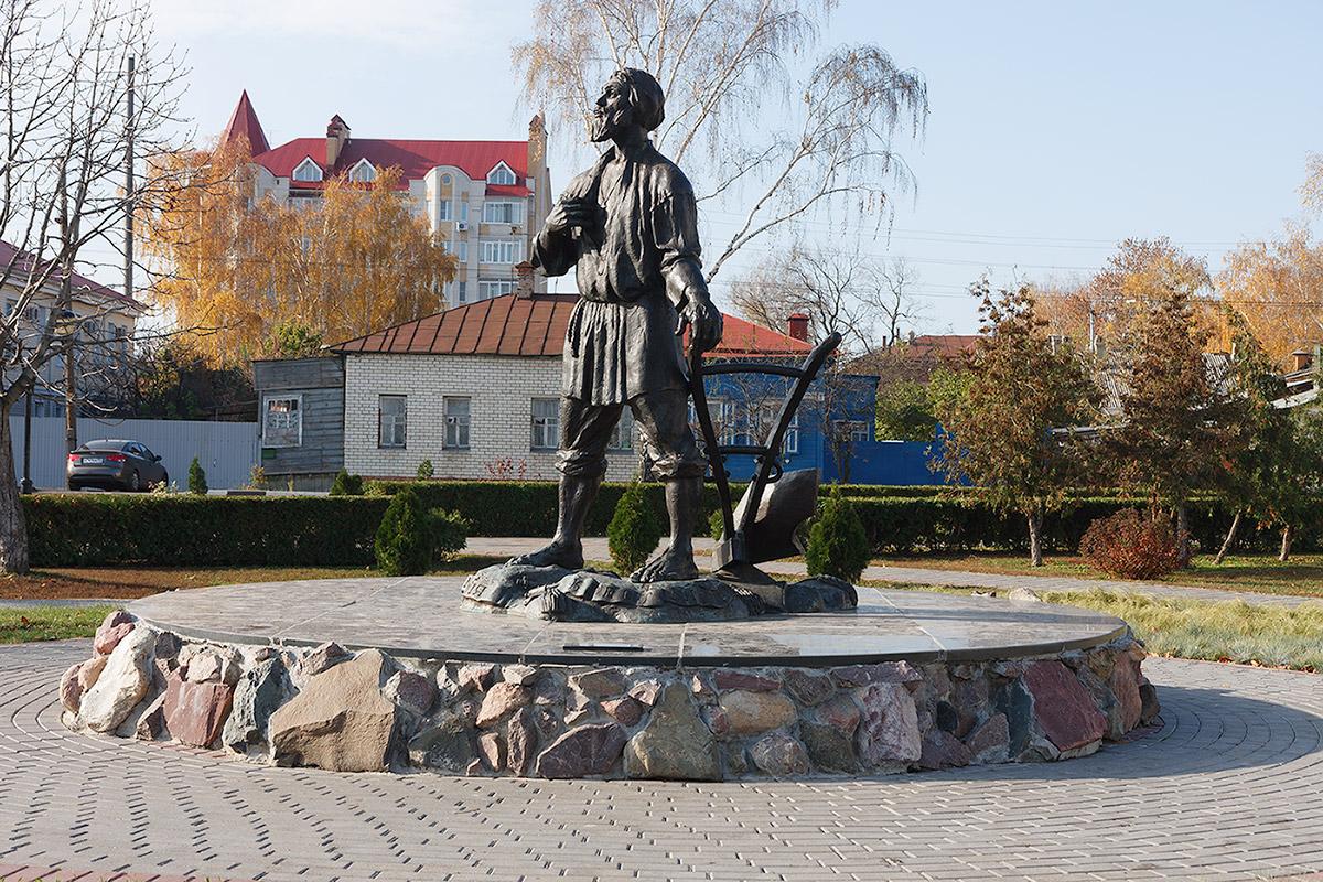 Памятник русскому мужику (Тамбов)