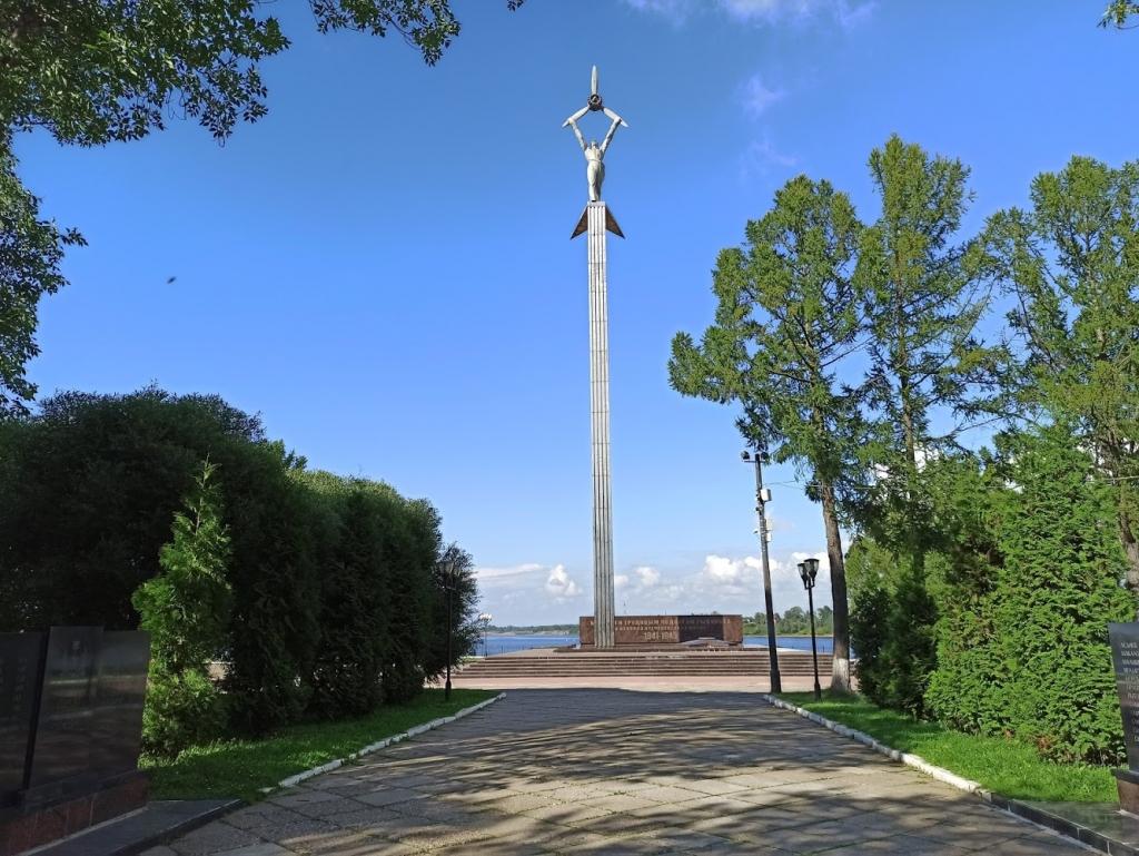 Памятник авиаторам (Рыбинск)