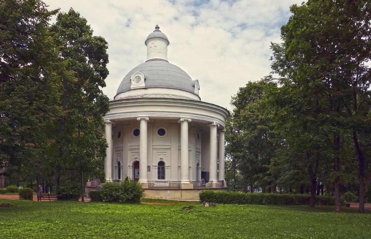 Екатерининская церковь (Валдай)
