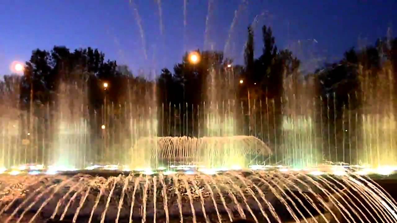 Cветомузыкальный фонтан (Липецк)