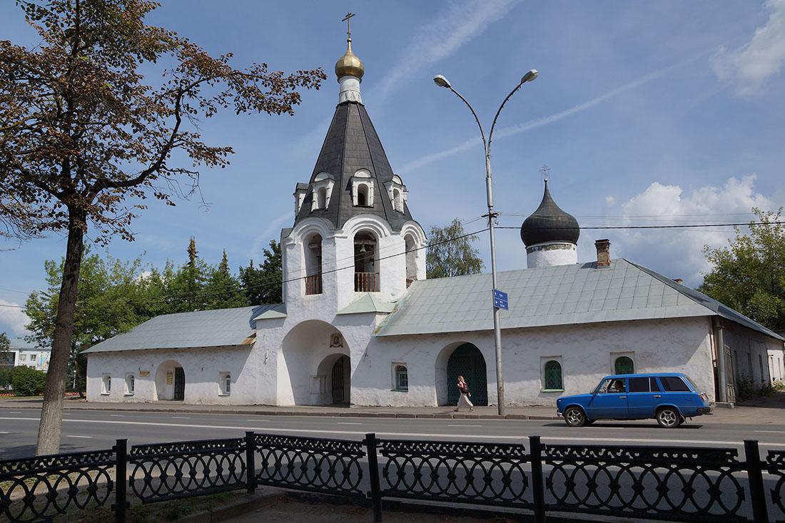 Церковь Михаила Архангела (Псков)