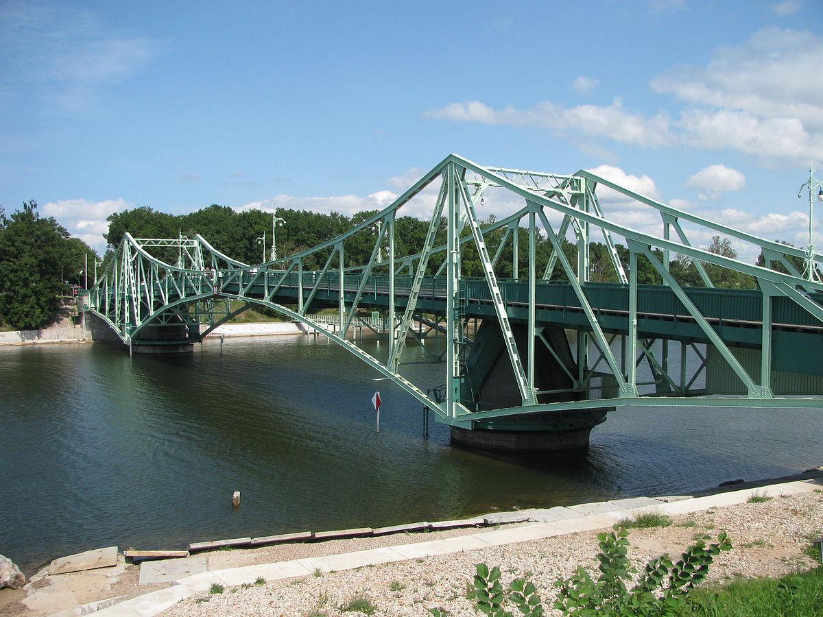 Поворотный мост (Клайпеда)