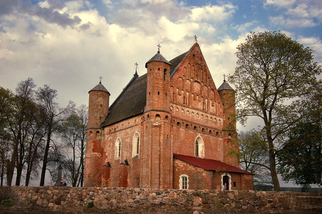 Церковь св. Михаила Архангела в Сынковичах (Гродненская область)