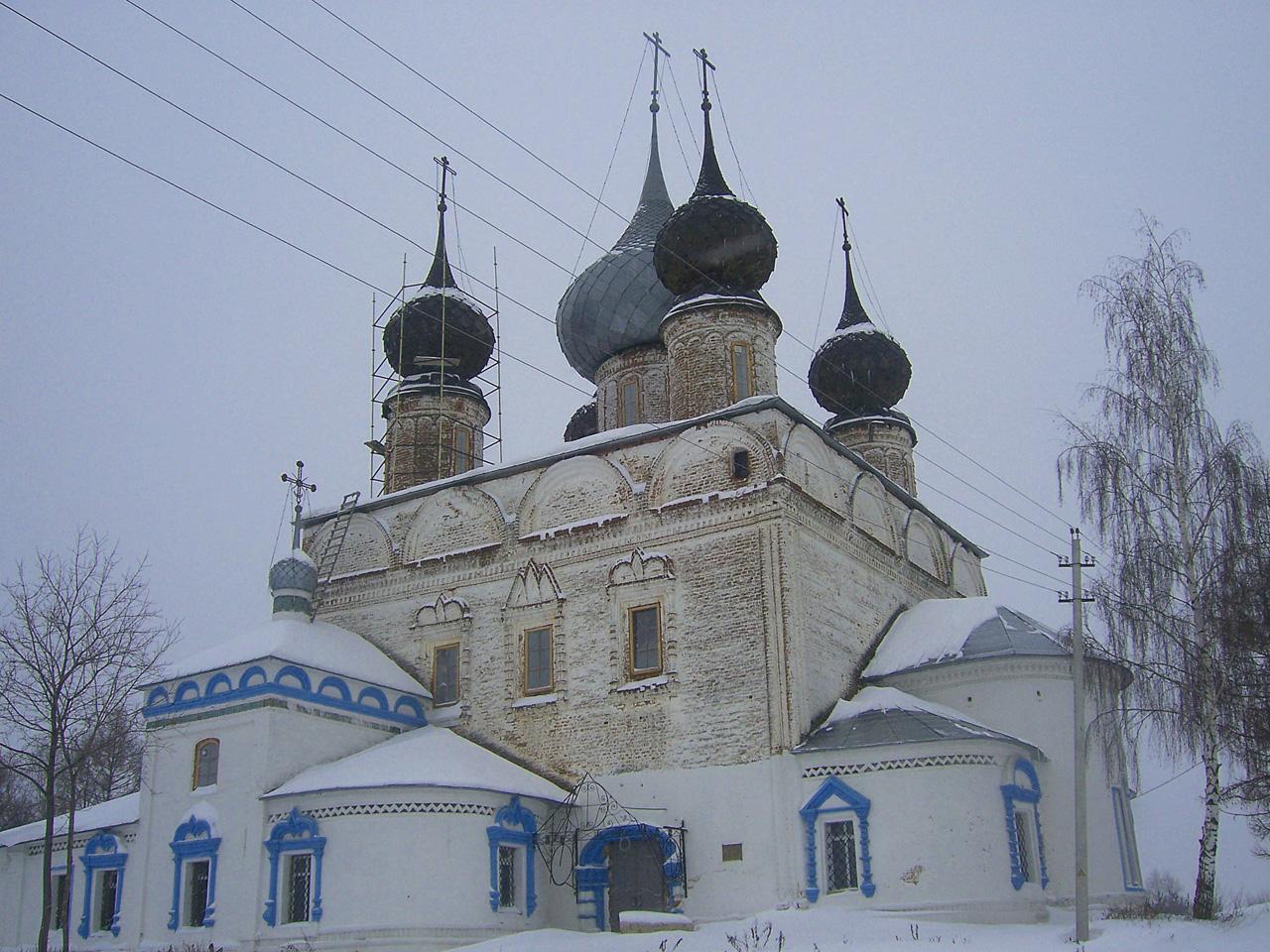 Воскресенская церковь (Лух)