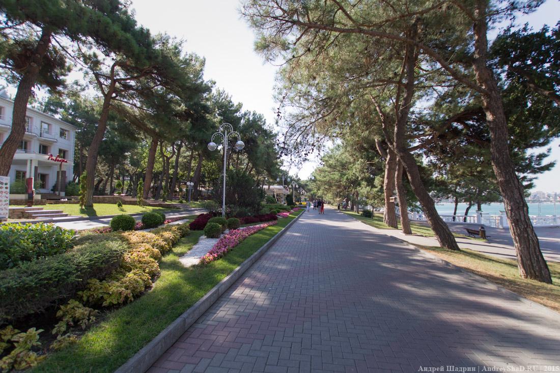 Лермонтовский бульвар (Геленджик)