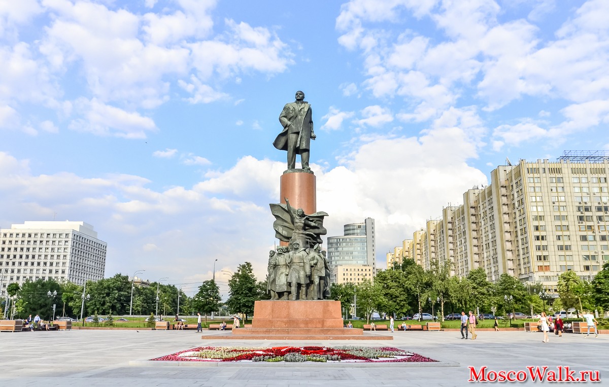 Памятник Ленину на Калужской площади (Москва)