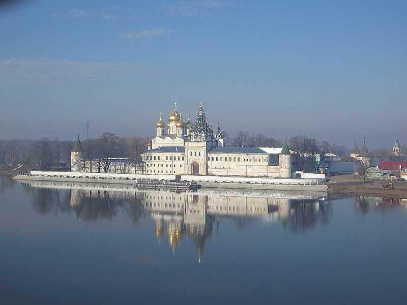 Ипатьевский монастырь (Кострома)
