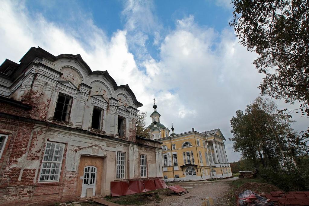 Спасо-Суморин монастырь (Тотьма)