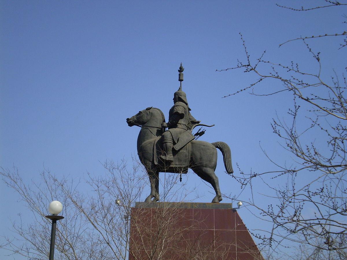 Памятник Гэсэр-хану (Улан-Удэ)