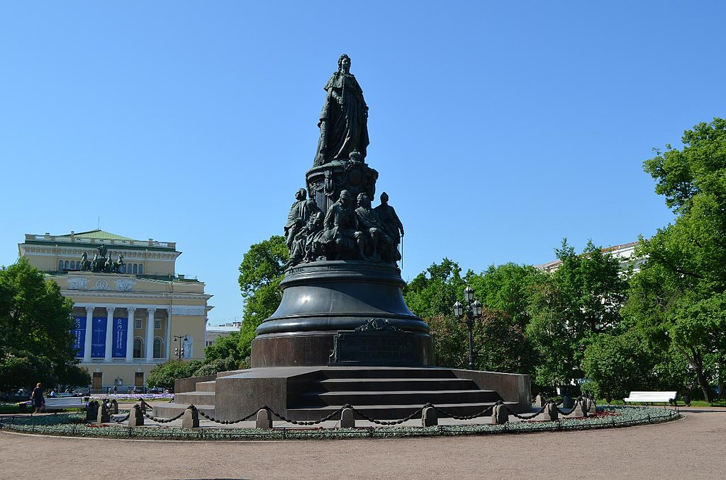 Памятник ЕкатеринеII (Санкт-Петербург)