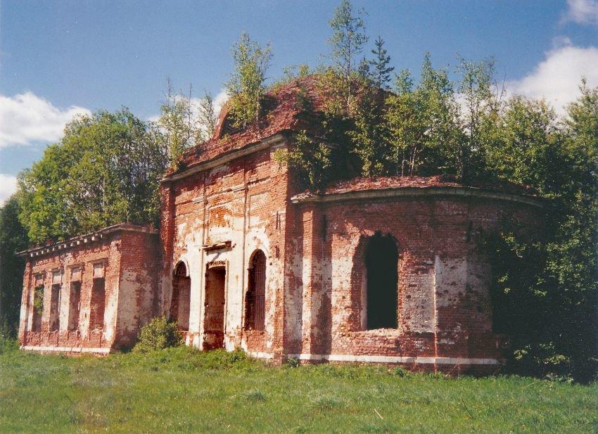 Церковь Рождества Христова в Илкодино (Шатура)