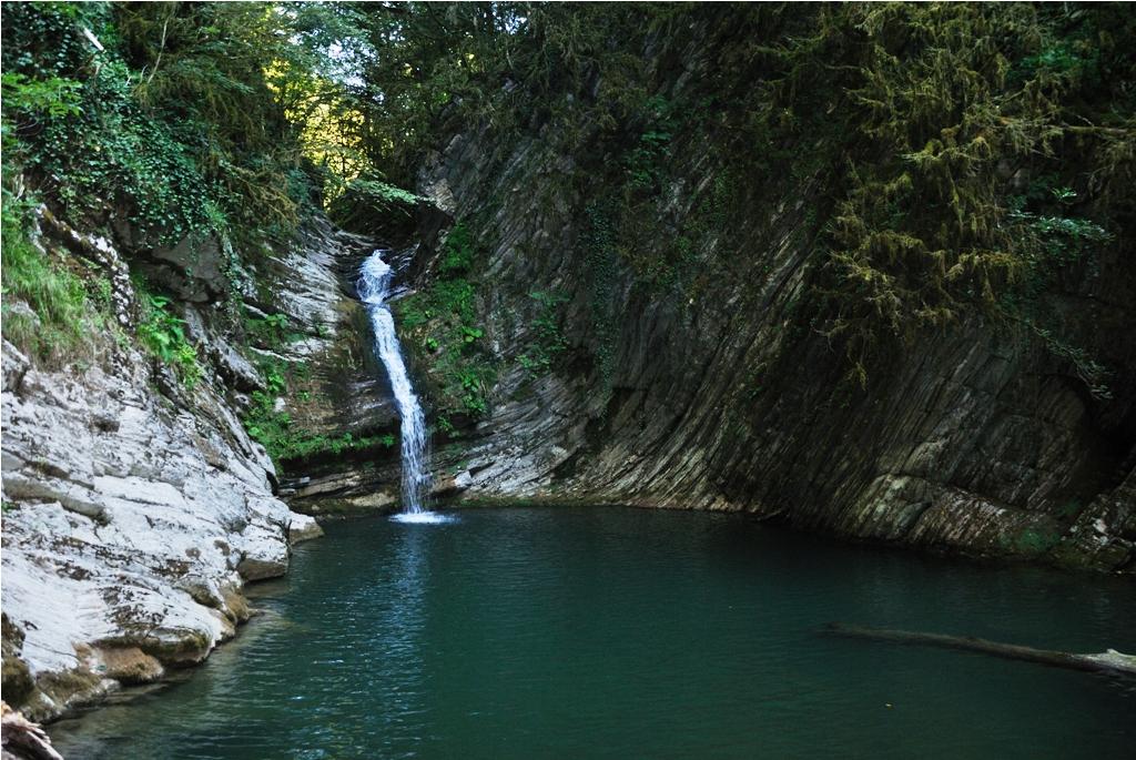 Самшитовые водопады (Дагомыс)