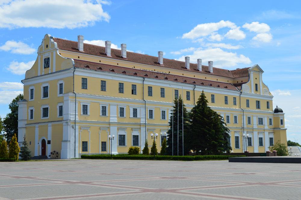 Бывший Иезуитский коллегиум (Пинск)