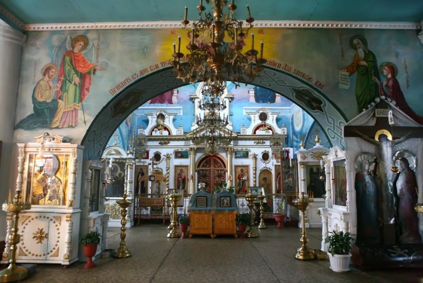 Церковь Михаила Архангела (Дно)