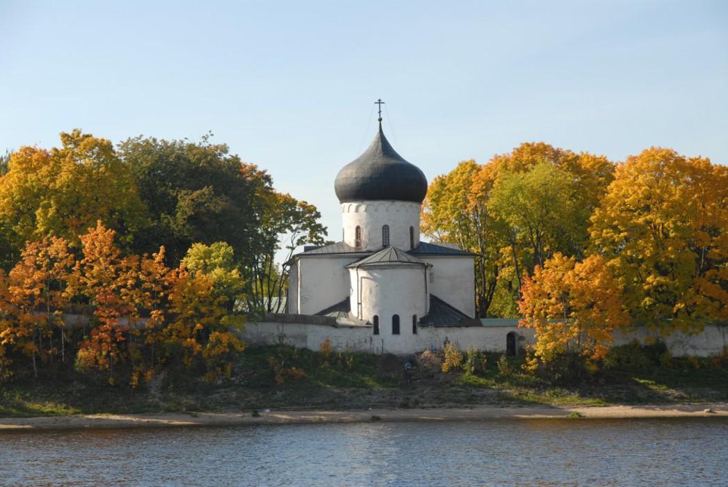 Спасо-Преображенский Мирожский монастырь (Псков)