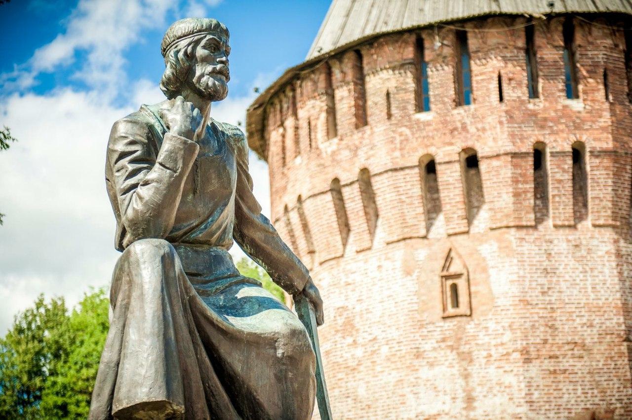 Памятник Фёдору Коню (Смоленск)