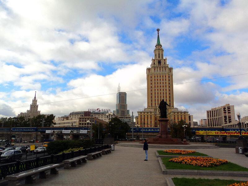 Памятник П. П. Мельникову (Москва)