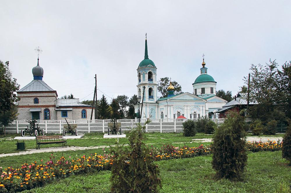 Крестовоздвиженская Полевая церковь (Алатырь)