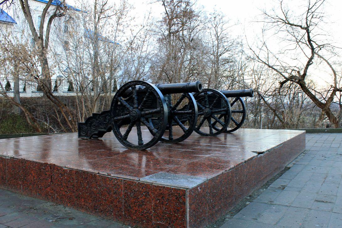 Пушки брянского «Арсенала» (Брянск)