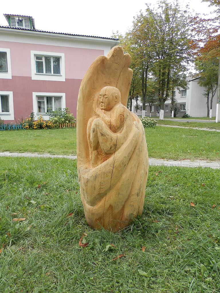 Галерея деревянных скульптур (Мядель)