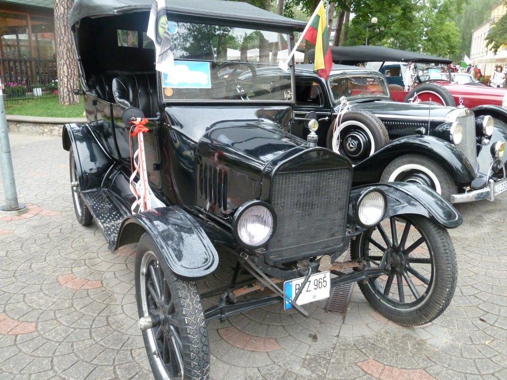 Выставка старинных машин (Юрмала)