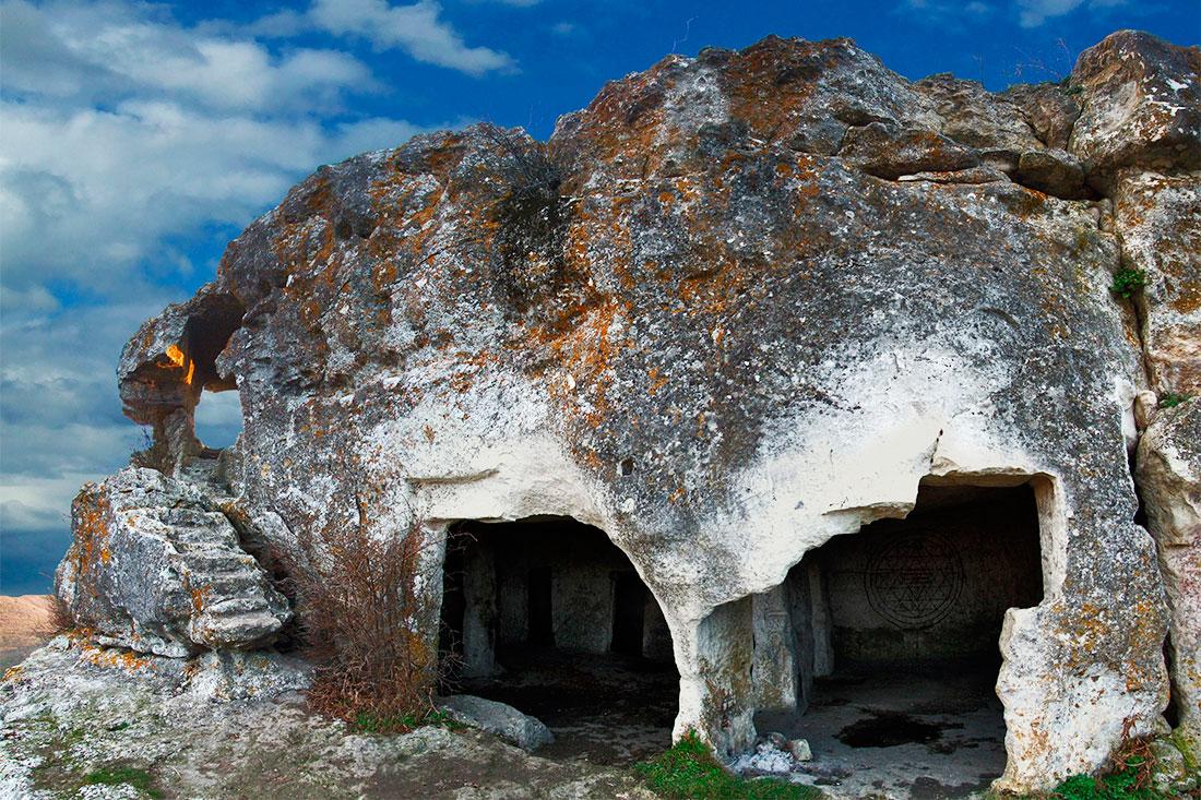 Пещерный город Мангуп-кале (Бахчисарай)